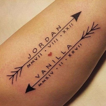 diseños de tatuajes de nombres pequeño
