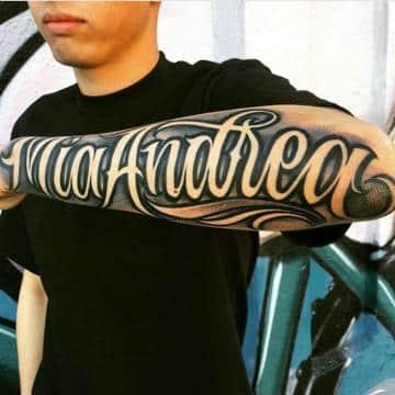 tatuajes en el antebrazo nombres con sombra