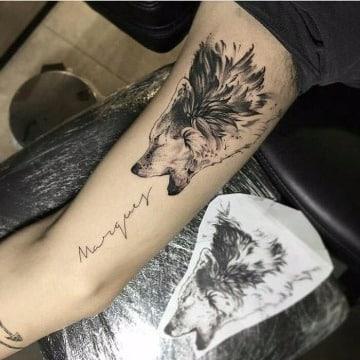 diseños de tatuajes de lobos en el brazo