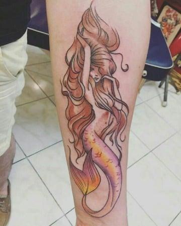 diseños de tatuajes de sirenas para hombres