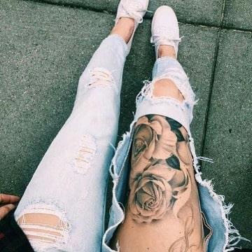 fotos de tatuajes de rosas en la pierna