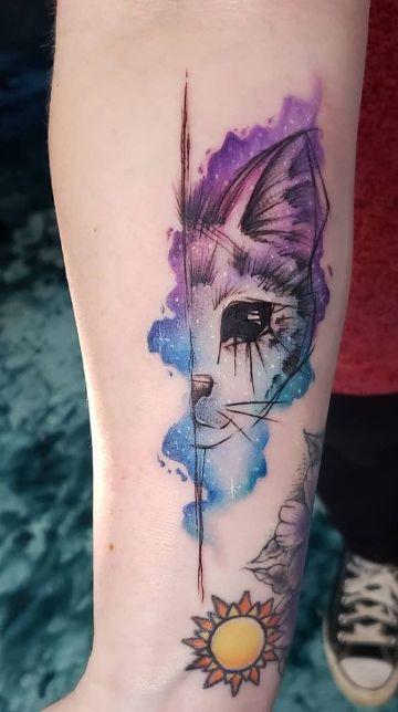 tatuajes de gatos para mujer a color