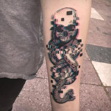 tatuajes de calaveras con serpientes originales