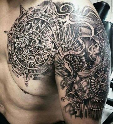 diseños de tatuajes para hombres en el hombro