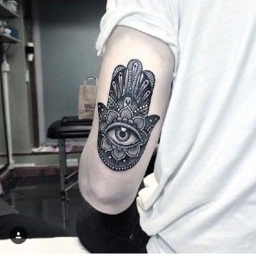 imagenes de tatuajes de suerte para hombres