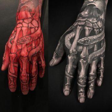 tatuajes de huesos en la mano originales