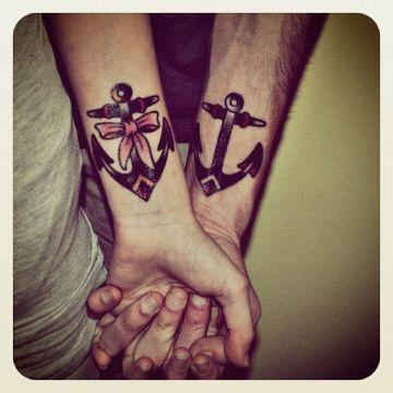 tatuajes de anclas para parejas a negros
