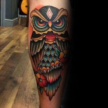 tatuajes de buhos a color muchos detalles