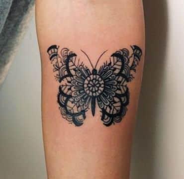 tatuajes de mariposas en la espalda para mujeres originales