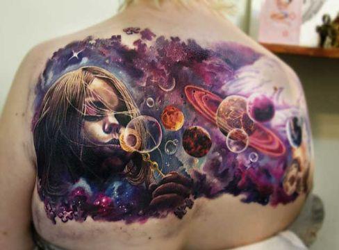 tatuajes de planetas y galaxias muchos detalles