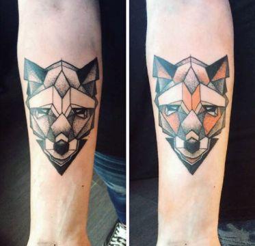 tatuajes de zorros para hombres geometricos