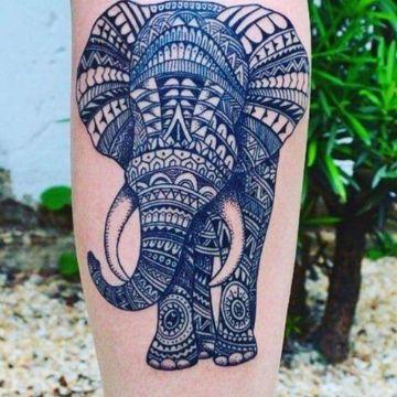 tatuajes de elefantes de la suerte detalles