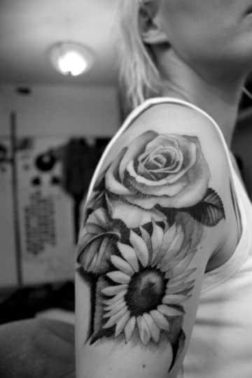 tatuajes de flores blanco y negro sombras