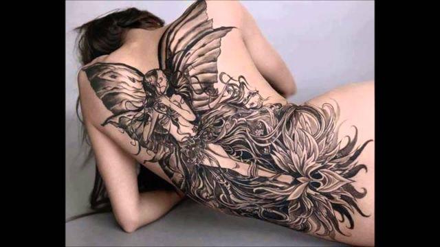 tatuajes de hadas con flores grandes