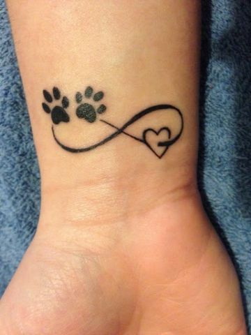 tatuajes de infinito con corazon amor mascotas