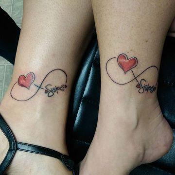 tatuajes de infinito con corazon en parejas