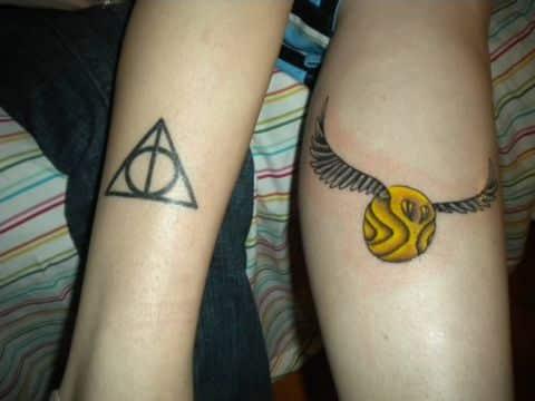 tatuajes de reliquias de la muerte y harry potter