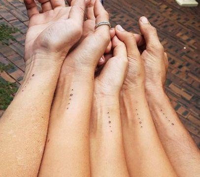 tatuajes de familia de 4 puntos