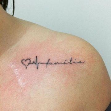 tatuajes de signos vitales familia