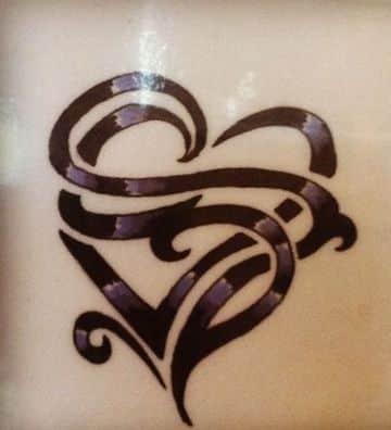 tatuajes con la letra s originales con corazon