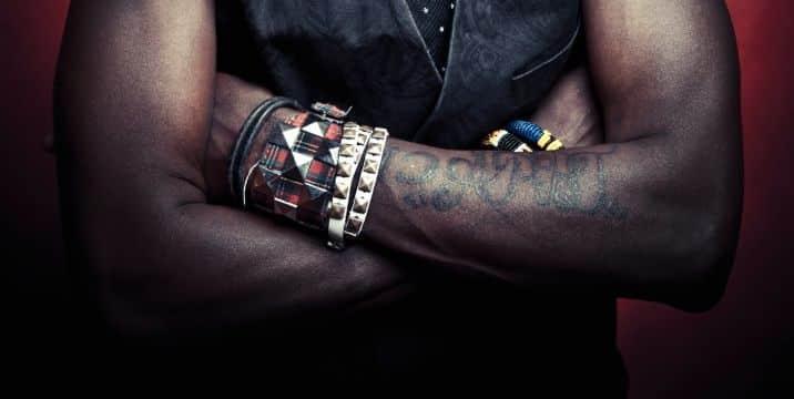 tatuajes en piel negra brazo