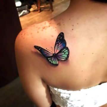 tatuajes para mujeres de mariposa realista