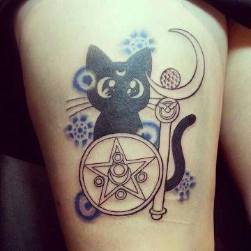 tatuajes de gatos con luna sailor moon