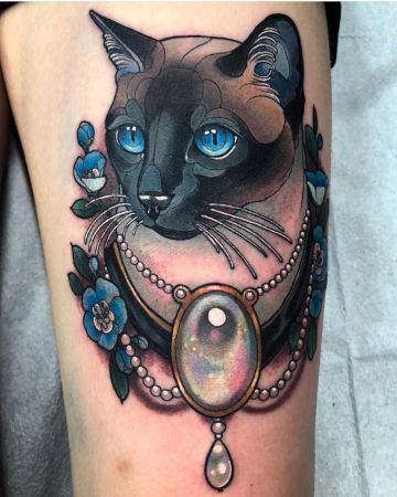 tatuajes de gatos siameses detalles coloridos
