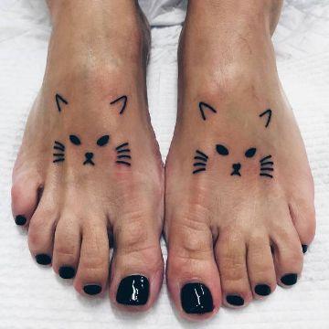 tatuajes de caras de gatos creativos minimalistas