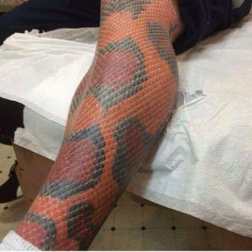 tatuajes de piel de serpiente detalles precisos