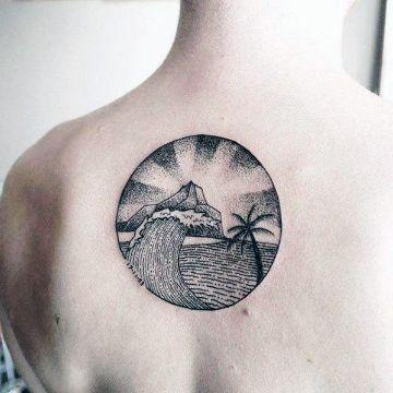tatuajes de islas con palmeras dotwork