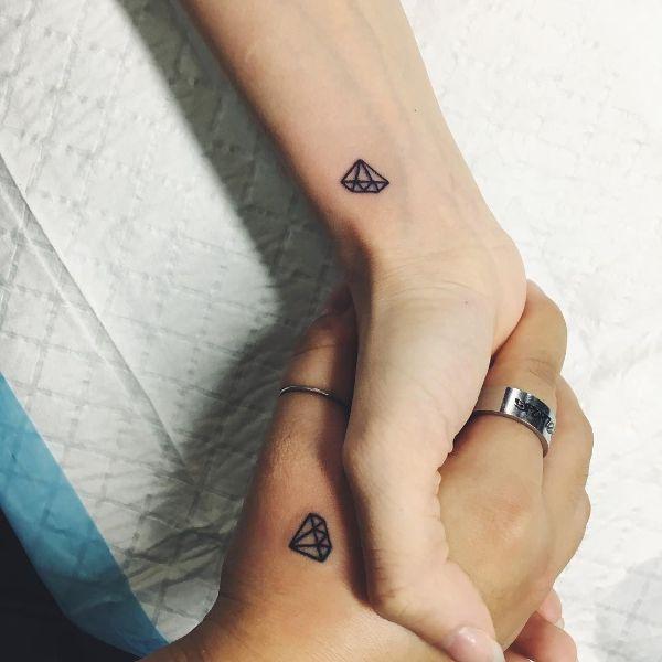 tatuajes pequeños con significado para parejas