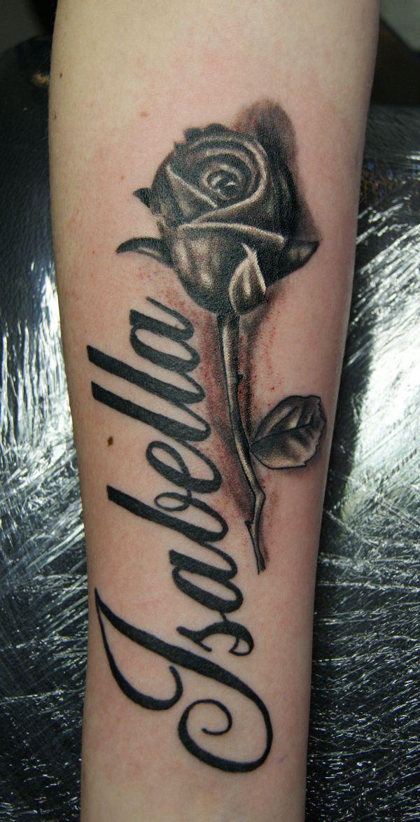 tatuajes con el nombre isabella con flor