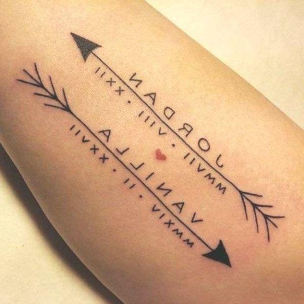 tatuajes con nombres de los hijos con flechas y fechas