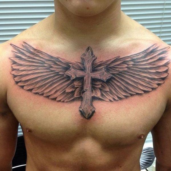 tatuajes de cruz con alas en pecho