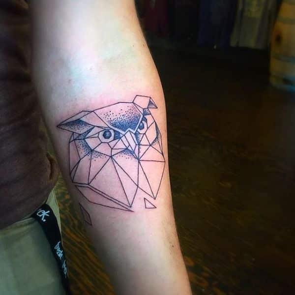 tatuajes de buhos para hombres minimalista