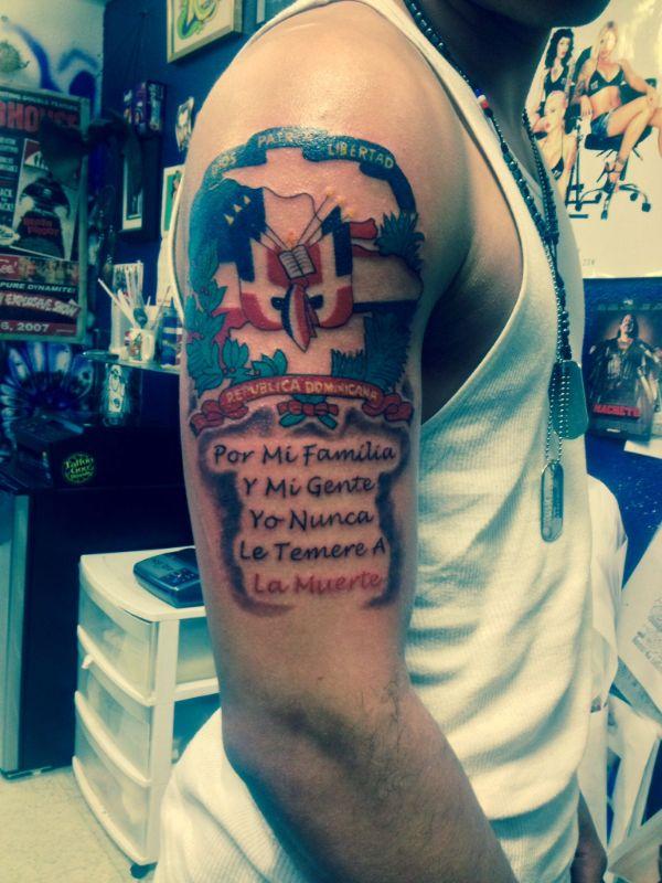 tatuajes de la bandera dominicana con frases
