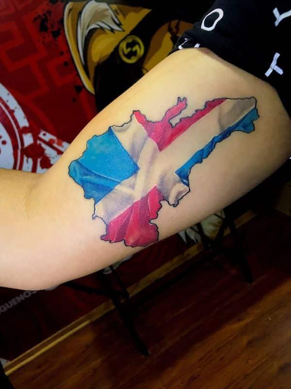 tatuajes de la bandera dominicana efecto espacio geografico