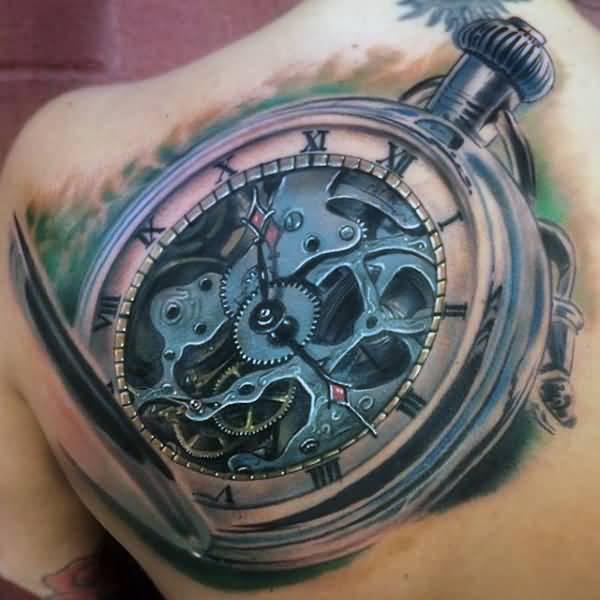 tatuajes de reloj en el hombro con geniales detalles