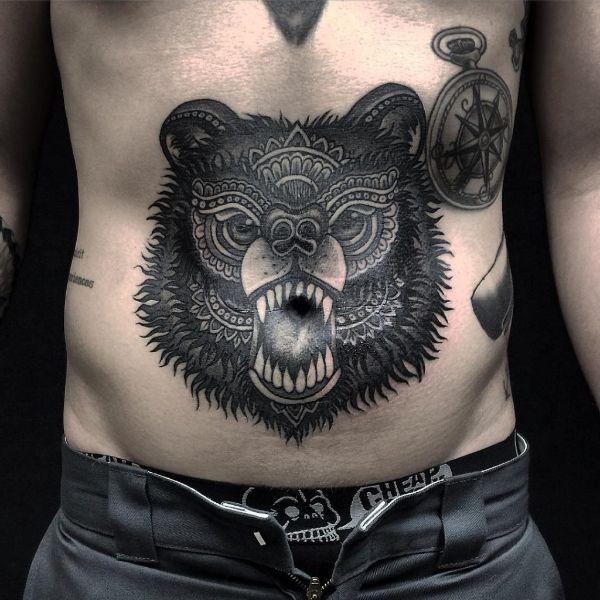 tatuajes en el ombligo para hombres con efectos