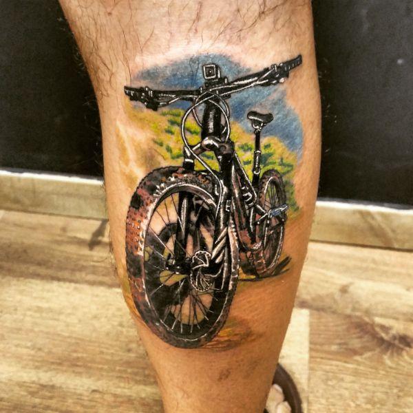 tatuajes de bicicletas mtb a colores