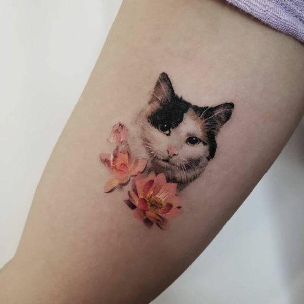 tatuajes de gatos pequeños realistas