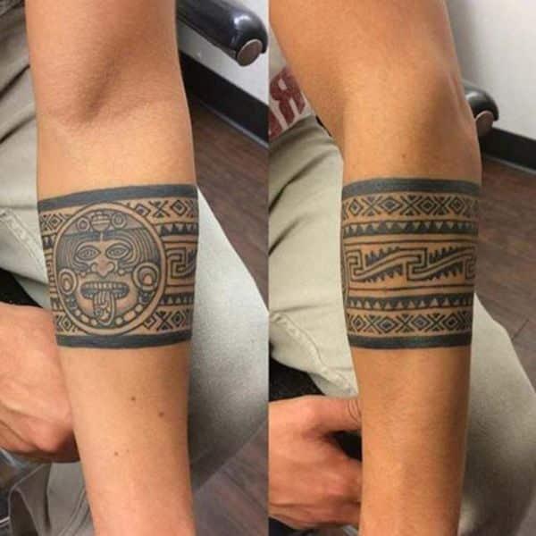 tatuajes de aztecas en el brazo brazaletes