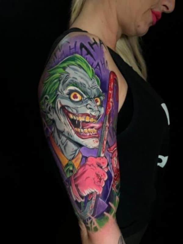 tatuajes del guason en el brazo nueva escuela