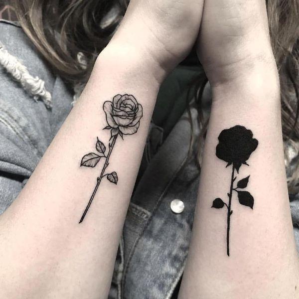 tatuajes de rosas para parejas complemento por color