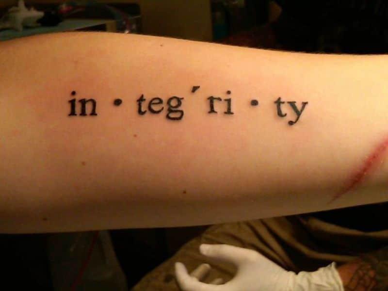 tatuajes de palabras en ingles en silabas